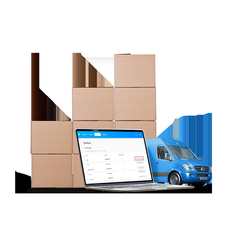 Van da Loggi pronta para receber vários pacotes a serem entregues por todo o Brasil pela Loggi