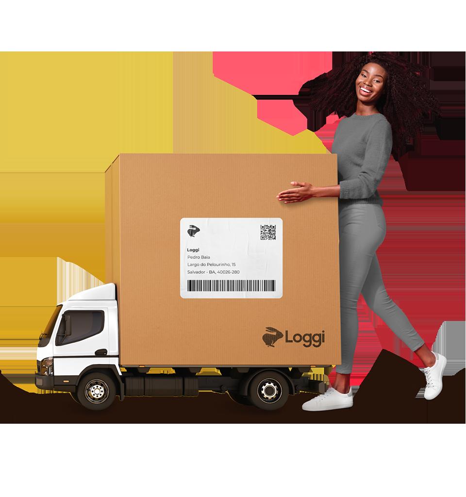 Embarcador Loggi fechando seu pacote para ser entregue em todo o Brasil e seu e-commerce com outros vários pacotes já entregues pela Loggi